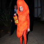 Katy Perry dressed as a forlorn Cheeto for Halloween: http://t.co/LUzbZP03mG http://t.co/iIxhlpGpai