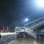 The snow is coming down at Southport where the Cardinals lead Franklin Central 14-6 at halftime @Fox59FFN http://t.co/wF6cOvi75X