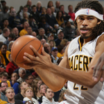 Halftime: #Pacers 53, Grizzlies 45 Copeland, Miles, Sloan and Rudez each have scored 9 points. http://t.co/M9foxyKVE5