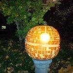 Best jack-o-lantern o the night. Death pumpkin. http://t.co/SyAhcbrKeT
