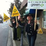 Outside campaign office 111 W Broadway. Most honks from buses and thumbs up from cyclists. #fb #vanpoli #vancouver http://t.co/2ylrVZahmT