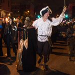 Mayor @BilldeBlasio returned to Park Slope to take part in the Halloween Parade. http://t.co/0bBGNpV0Ez