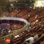 Lots of angry 2nd market ticket-holders turned away at the door and lots of empty seats at @foofighters @TheRyman. http://t.co/yMPrucE4MG
