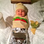 happy halloween from this little chipotle burrito!! ❤️ @ChipotleTweets http://t.co/06YHvDkyWU