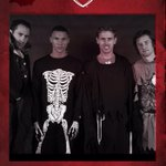 Happy Halloween! See how some of the @Arsenal players got ready for the big night http://t.co/wY0Qat6PEf http://t.co/K7kaH3PkQI