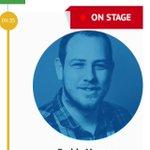 Webovka @mktfest ukazuje, kdo z programu je zrovna na stage. #cool #mktfest http://t.co/YhZntUlyK1