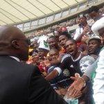 Minister Malusi Gigaba greets fans at the stadium #FinalFarewell #SenzoMeyiwa #RIPSenzoMeyiwa @eNCAnews http://t.co/LCbBZQzKXq