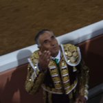 El Pana en Provincia Juriquilla excelente corrida de #Toros en #Queretaro @pollotlg @LupitaMpio http://t.co/7OHWrm7rdA