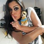 Hermosa!! Me escapé un rato con @lari_riquelme en la @TeletonParaguay jue jue jue #PoneleCorazon http://t.co/eVUx3HgDNq