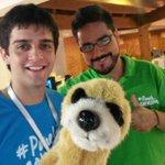 Aca con @jorgecoronel y @enriquedavalos en la gran maratón de @TeletonParaguay !! http://t.co/XJQnAqzj2h