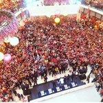 [PIC] 141101 The crowd at Paradigm Mall #RaceStartMY (cr.farisizhams IG) http://t.co/uffrkamV65