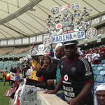 #FinalFarewell RT @Nontobek0Sibisi: Fans from all corners of SA saying they couldnt dare miss the final goodbye http://t.co/WeJ5vyPB6h