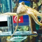 @Khairykj Yes to JDT ....kito tumpang happy Je YB negeri kto n9 dh kalah awal..hehe. http://t.co/WF0HtbPOL7