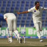 The skipper was looking good until this beauty from Imran Khan... #PAKvAUS http://t.co/Rkw2L4K2O6