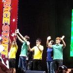 Running man members waving the fans :) #RaceStartMY #Malaysia #StadiumMerdeka @GoKpop http://t.co/O0QwApTa6A