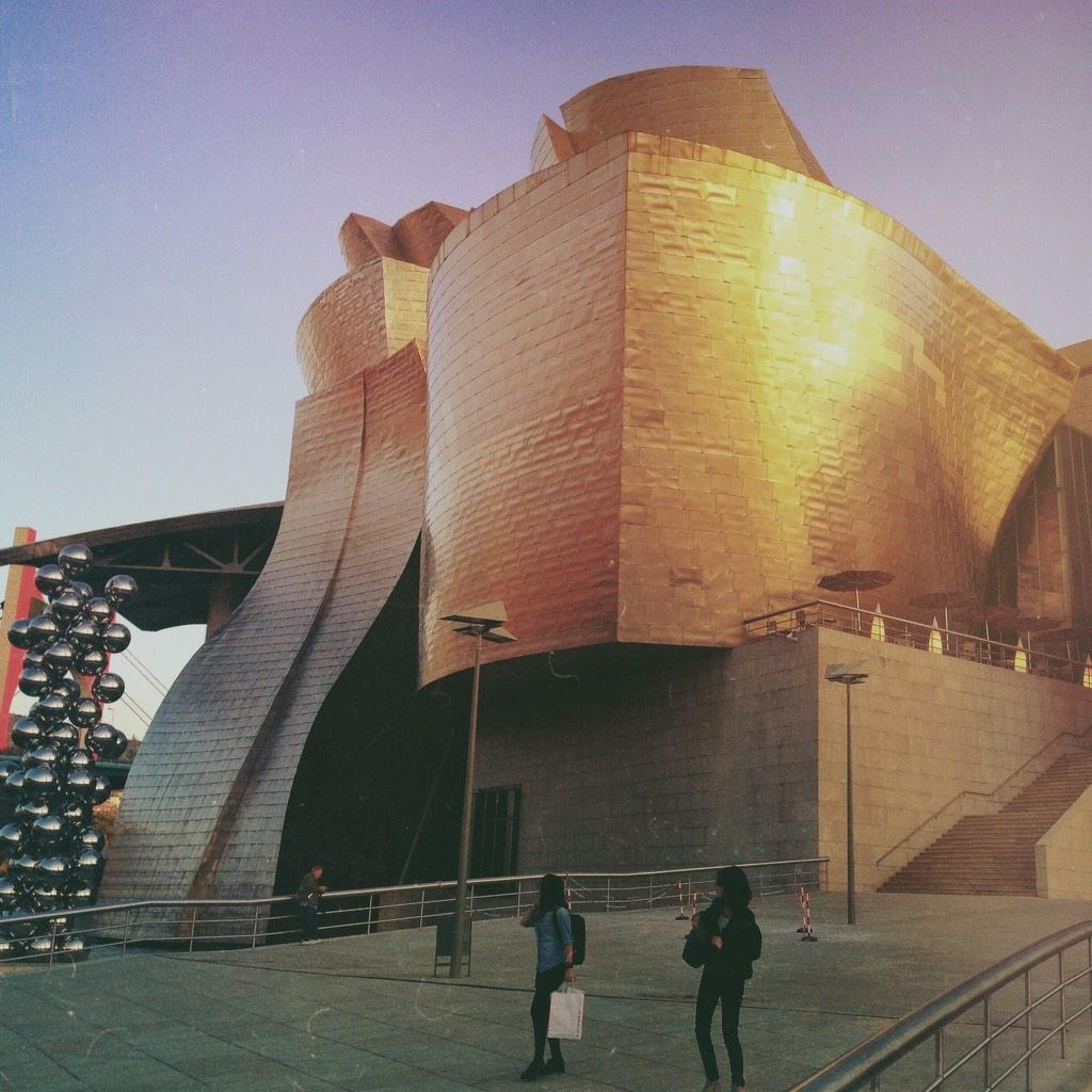 Went to the @MuseoGuggenheim yesterday too. So I took a picture of it obviously... http://t.co/GjTcUwSvFp