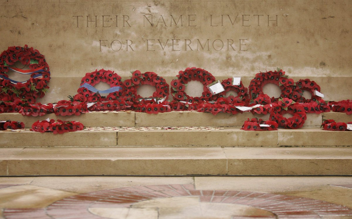 #RemembranceDay at 11.00 we will be observing two minute's silence #LestWeForget http://t.co/FzQAZdPMyv
