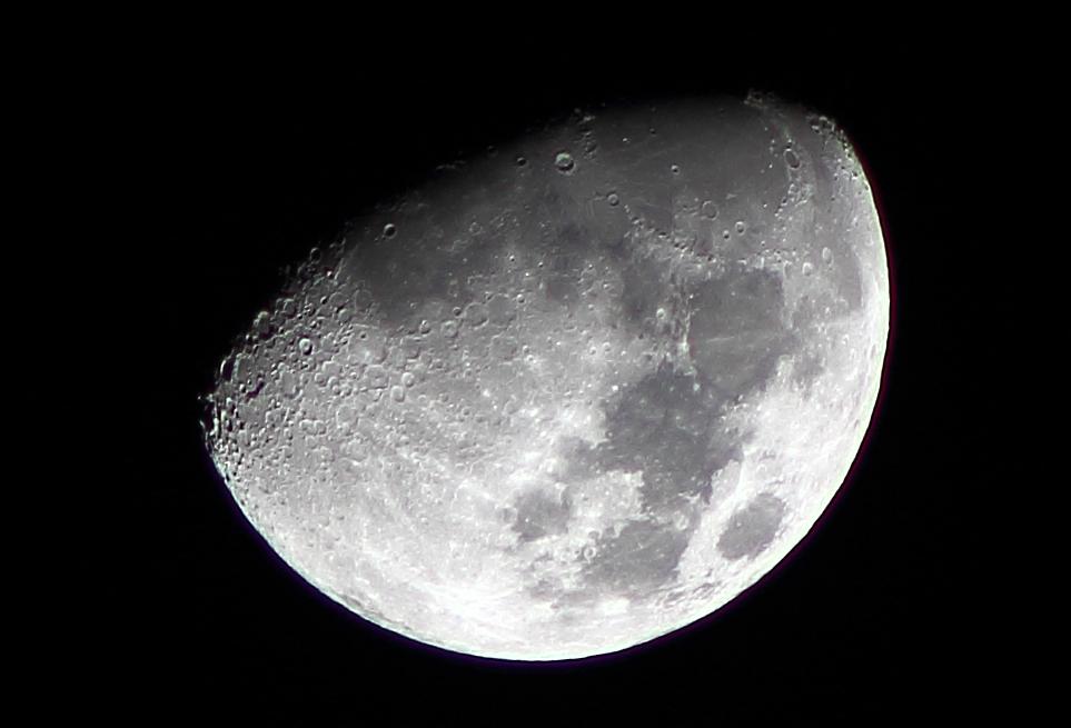 RT @adleon7: La Luna desde Querétaro, México http://t.co/Eq4c5JMjBc