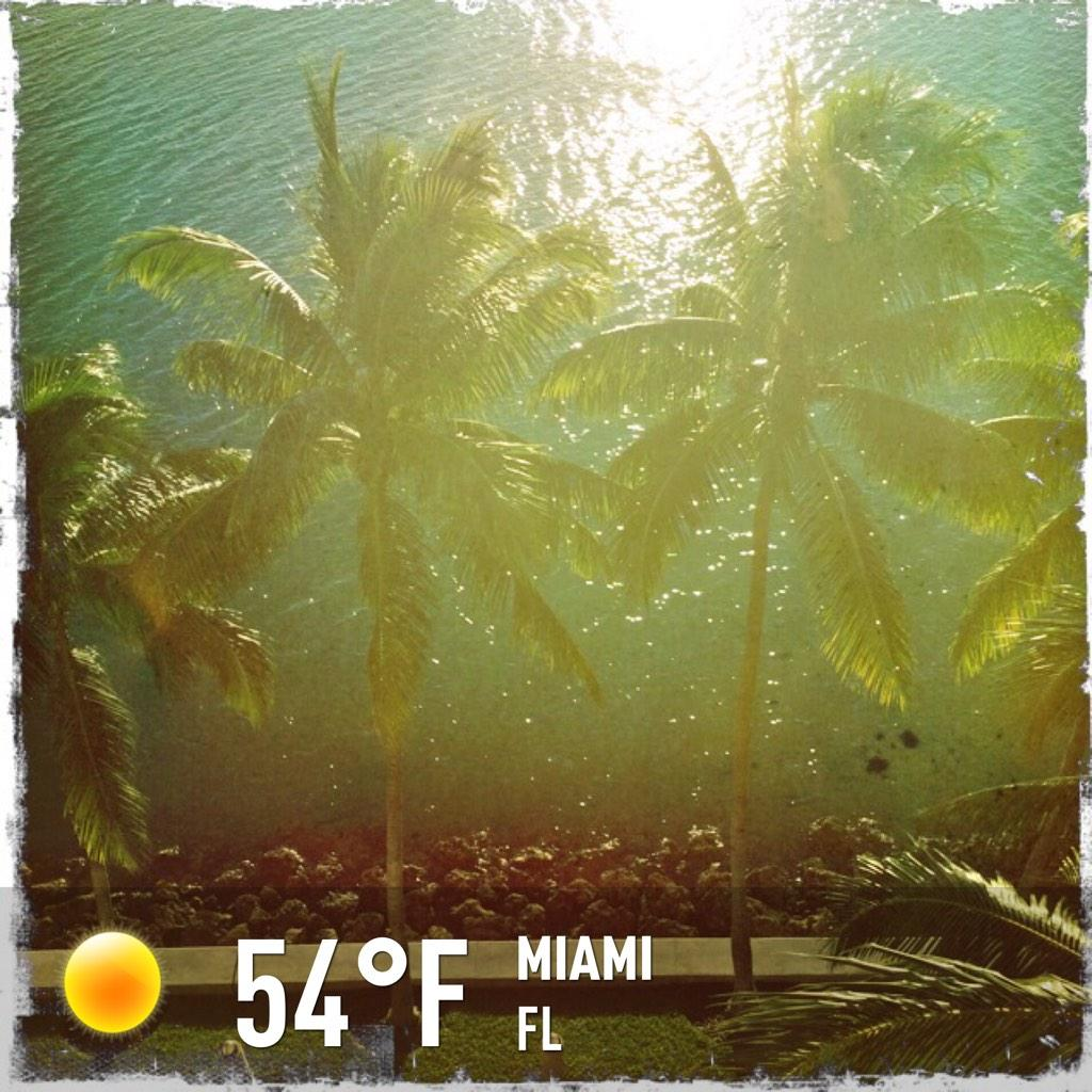 Early mornings, sweaters, and coffee! Happy November #Miami! http://t.co/BXu24WxZzK