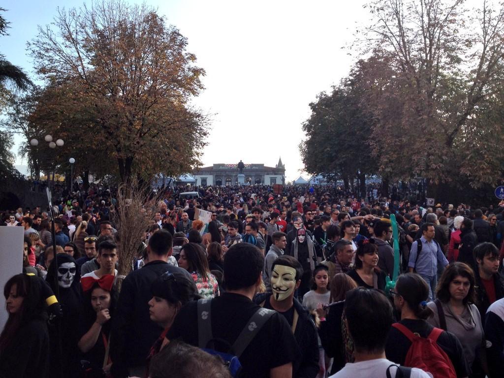 Al #LuccaCG14 non c'era nessuno... http://t.co/XAMuWuQMbh