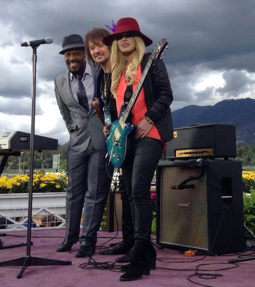 ♥❤(o‿O)❤♥♪♫•*¨*•.♫♪ LOVE it!! RT @TheRealSambora @orianthi @MichaelBearden (Richie's FB page) https://t.co/b3g4SPOk4s http://t.co/1u7Zk2bSQ7