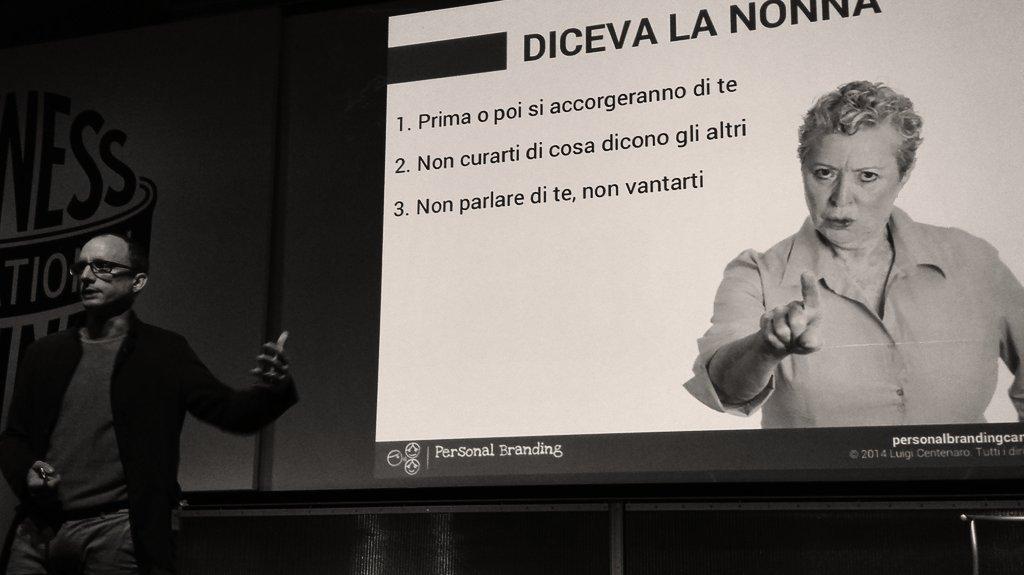 la visibilità crea le occasioni, la competenza le trasforma in opportunità, @LuigiCentenaro #IBMbevisible http://t.co/buk4KWwE0M