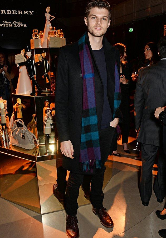 .@BeaumontLondon client @JimsTweetings all wrapped up at the @burberry xmas campaign launch https://t.co/JZEP6wi2h0 http://t.co/cticH90RaJ