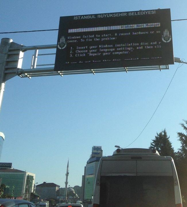 Traffic notice on Turkish highway: Insert your Windows installation disk: http://t.co/QQsb32Kopw