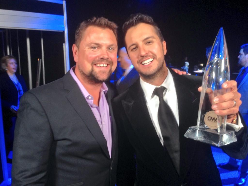 First EVER CMA award?!?? And it's Entertainer of the Year. Not too shabby @LukeBryanOnline @SXMTheHighway http://t.co/ChpexCjrp0