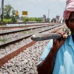 RT @BBCNewsAsia: Meet the 'custodians' of India's vast rail network http://t.co/ZiZQ9Hgp0m via @bytheganges http://t.co/sSMJHLoXKF