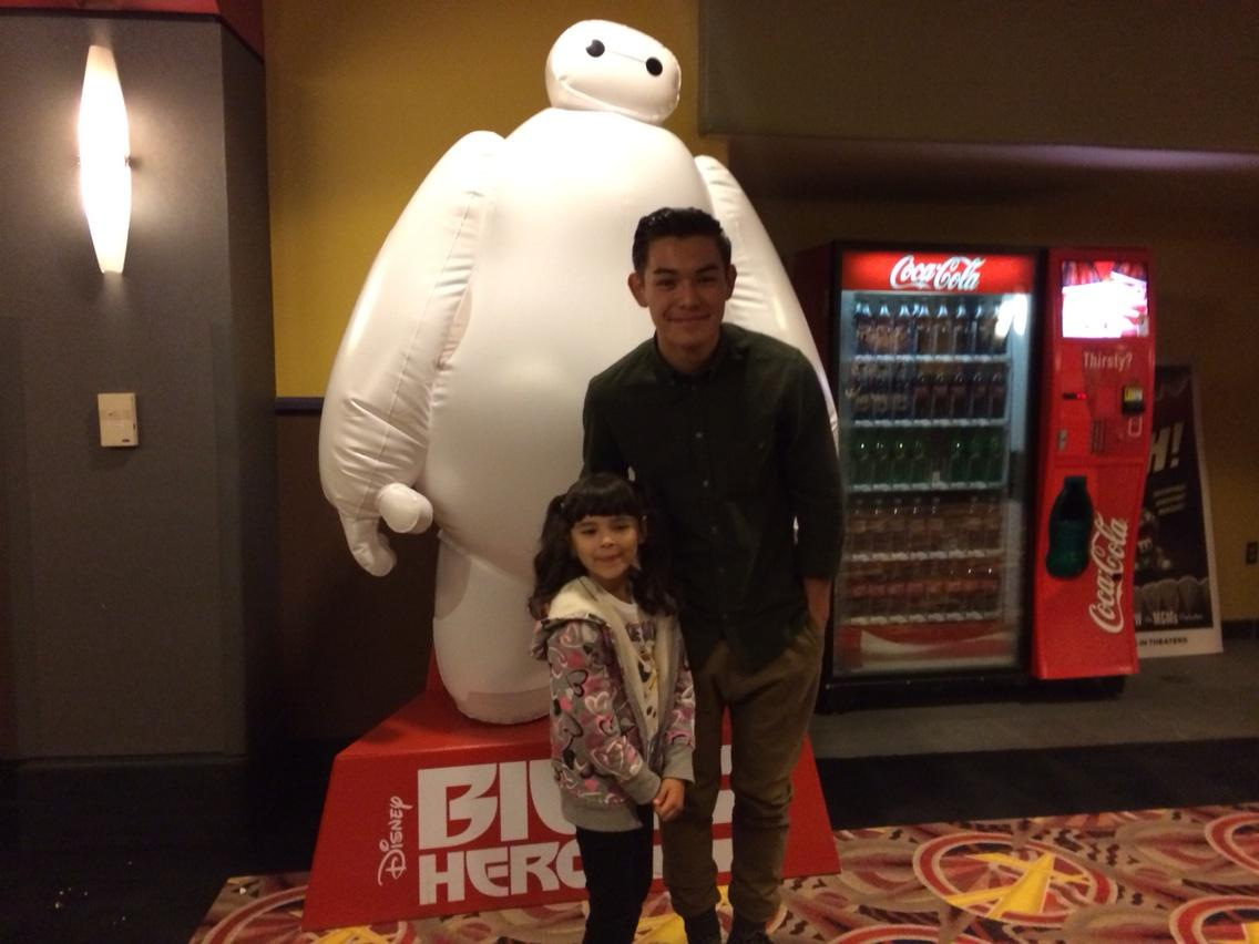 Thank u @RyankPotter! Our little one loved #BigHero6 and loved meeting you tonight at the screening! http://t.co/DCXo8cGj2Q