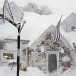 """@elcomerciocom: Aumentan a 13 los muertos por tormenta de nieve en #EEUU » http://t.co/1MRCfMpIN8 http://t.co/AV1tuJKOXk"""