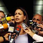 María Corina Machado a Tibisay Lucena: Ha debido renunciar hace rato http://t.co/hdmpAwpSeN