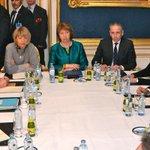 .@JohnKerry meets w/ Baroness #Ashton, @LaurentFabius, @PHammondMP & PolDir Lucas from @GermanyDiplo #IranTalksVienna http://t.co/IoA10uAcS0