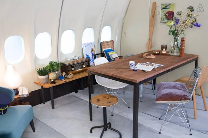 Need a place to stay in Amsterdam? How about this @KLM commerical jet? Flying100 -