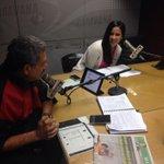 Invitada de hoy en Los Comentaristas la gran @DomeSprt, aquí junto al Dr. @mariocanessa http://t.co/L6jmLoR0ij