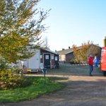 Met drie uitbraken in het Overijsselse Kamperveen staat de teller nu op vijf: http://t.co/Zl430fJ9oC http://t.co/fDKnZWRV0y