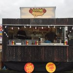 Look at our lovely ramshackle hut of joy! Well be @foodpark_Cam @NorthPoleCambr everyday sharing the dog-love. http://t.co/WXJCQDGNJD