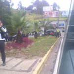 via @yojanh: Continua Situacion en el túnel de la trinidad. Luego del accidente con moto pareciera policial http://t.co/qzDzb6omDm #Caracas