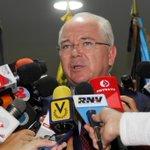 #Venezuela coordina y defiende intereses comunes para repuntar precios del petróleo. http://t.co/s2M7h6mFS9 http://t.co/kIZAF1oJgL