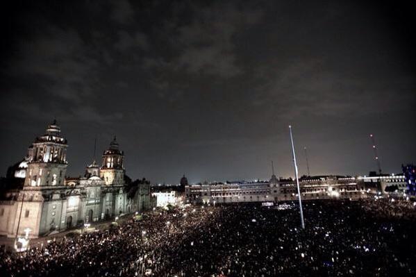Intentaron callar la voz de 43 pero levantaron la de millones #AccionGlobalporAyotzinapa  #YaMeCanse #20deNovMX http://t.co/sjnLrpOHlj