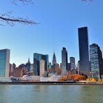 Enjoy great #NYC views from #Roosevelt Island #NYC Happy Friday! http://t.co/Y8xuJNWW3S