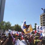 """[AQUI] está la """"minoría"""" que aducía Bárbara Figueroa #ParoDocente @Cutchile @TVN @canal13 Somos Miles!!! http://t.co/8M2EMJCc5F"""