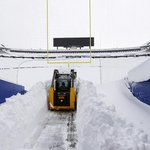Snowmobiles are reportedly needed to free Bills players for the teams trip to Detroit. http://t.co/4xAuzRjre1 http://t.co/ofiW4xIyde