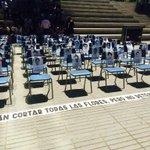 Con una simbólica intervención rechazamos la desaparición de los 43 estudiantes en México #AyotzinapaSomosTodos http://t.co/fuHQBdcbk4