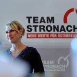 #nachbaur verlässt @TeamStronach_at, bleibt Klubchefin http://t.co/AZ9l37JcGN http://t.co/k3n7K1qlBd