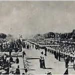 """1963 : (RSS ) Cadres in Republic Day Parade on Invitation of PM Jawaharlal Nehru http://t.co/0wfGs6skP8"""" @sardesairajdeep"""