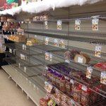 Tops on Boston State Rd is low on a lot of products. Manager said it could be Sun before replenished. @wgrz #WGRZSnow http://t.co/LMfzLhQqGm