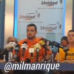 Hijo d exalcalde Enzo Scarano denuncia tratos inhumanos contra su padre y contra @leopoldolopez @Daniel_Ceballos http://t.co/MgyygWHVMx