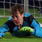 VIDEO: A goalie saves all 5 penalties with his face to win a shoot-out in a hilarious sketch http://t.co/DF0oowoFji http://t.co/3VozyBnHGZ